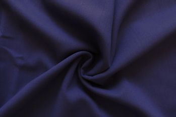 IT424 - Italian Wool Suiting Faulty Remnant 1.7M